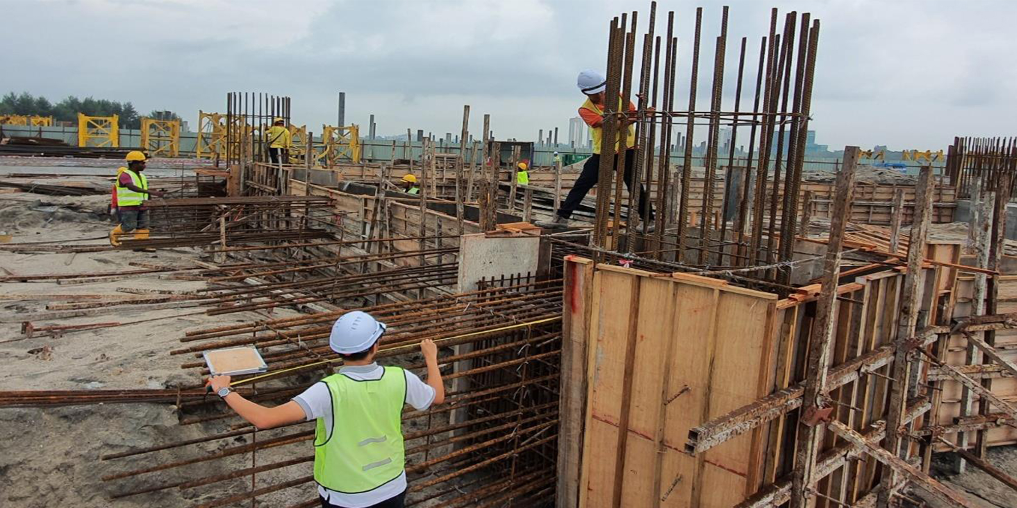 02-B 棟 區域 繫樑鋼筋檢查